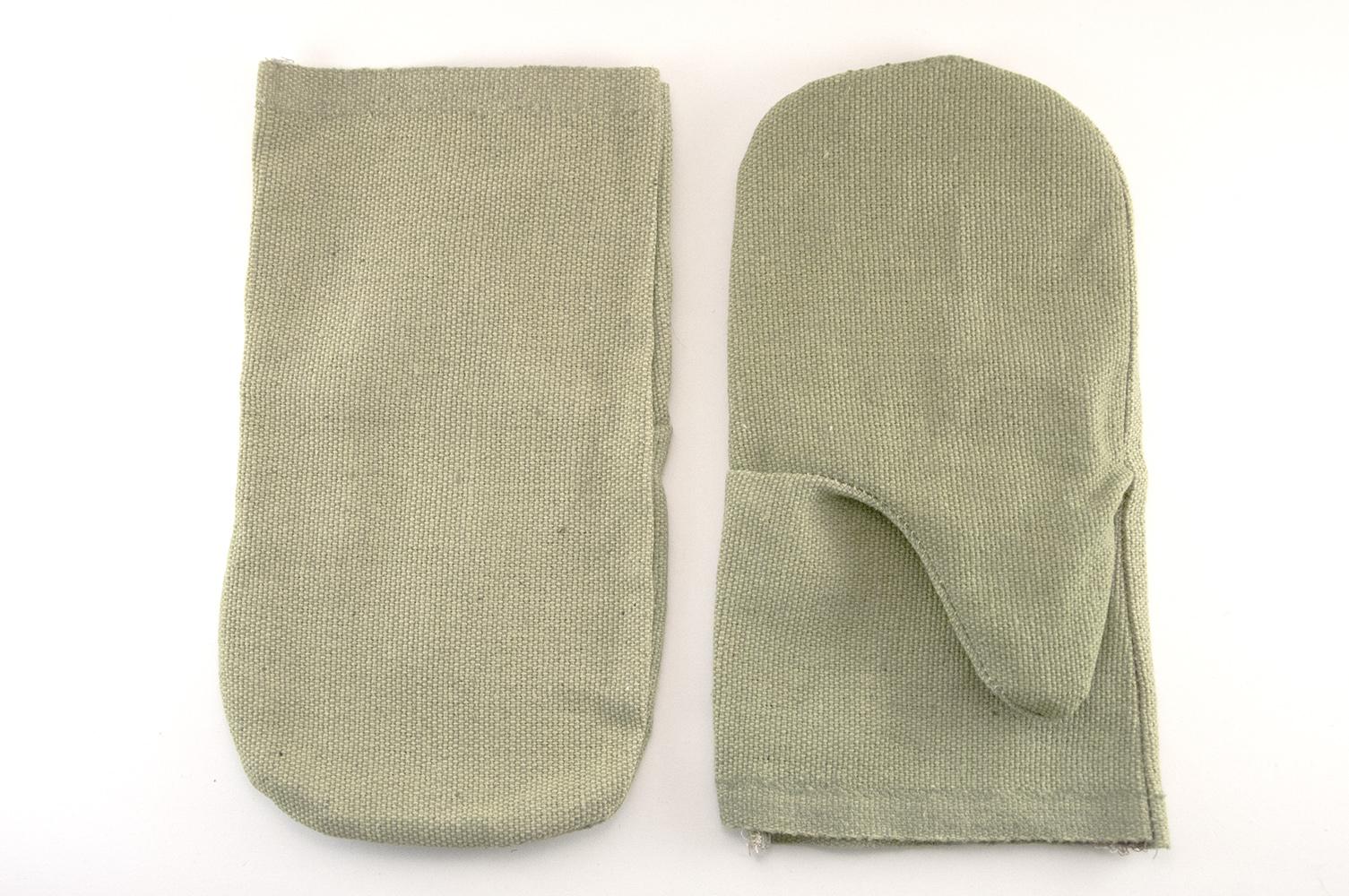 Брезентовые рукавицы в сельском хозяйстве
